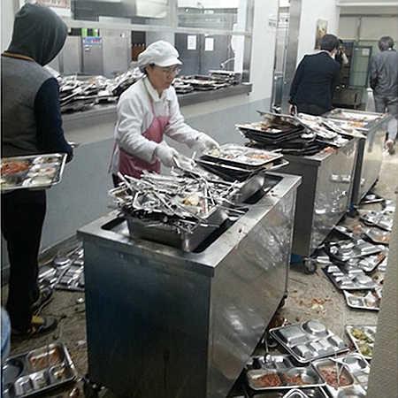 韓国の給食の様子
