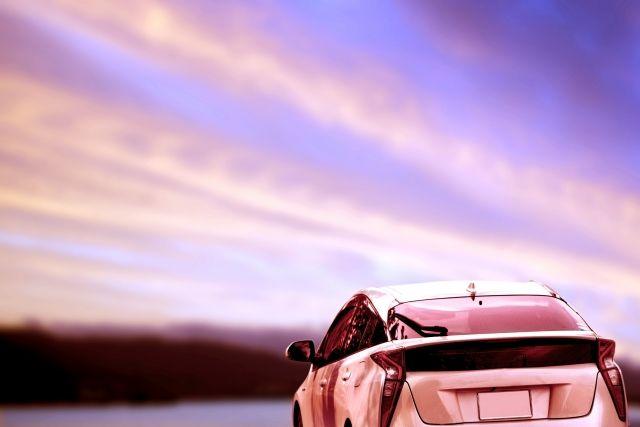 旅行やドライブ。