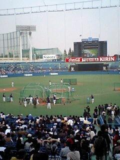 2006年11月4日:東京ヤクルト対東京六大学選抜@神宮球場 試合前打撃練
