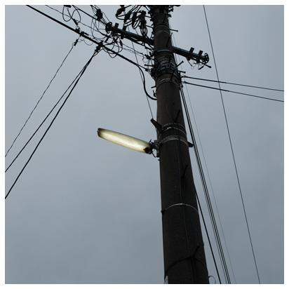 電信柱のあかり
