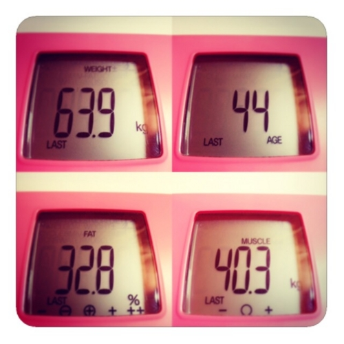 【体重計】