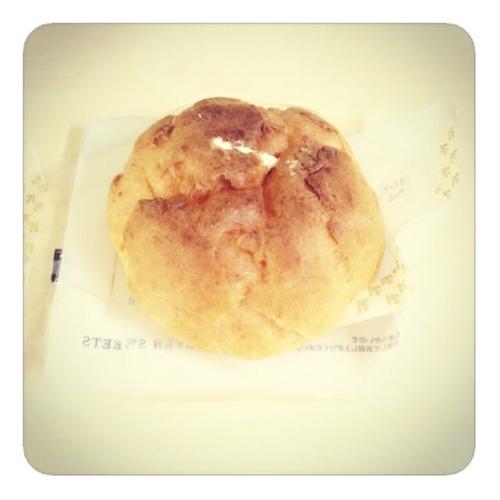 【ダブルクリームのホイップ&カスタードシュー】