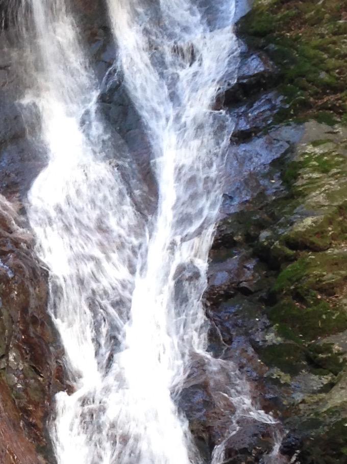 宇和島 薬師谷渓谷 雪輪の滝 パワースポット