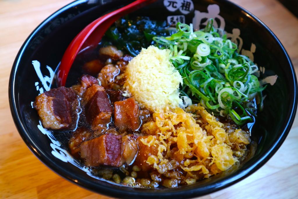 うどん屋なのに替玉OK、しかも蕎麦でも!? 福岡出身者歓喜の池袋「肉肉うどん」はもっともっと評価されるべき