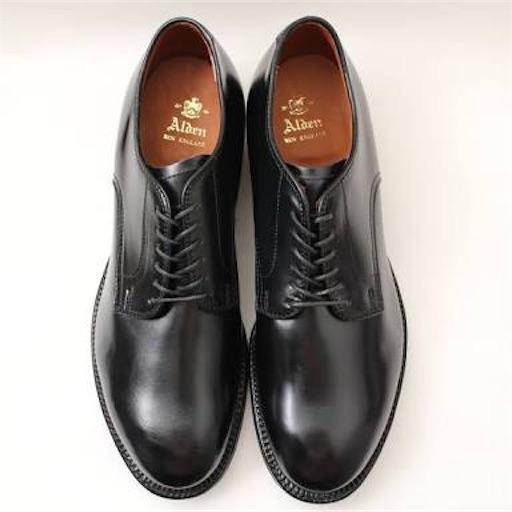 おしゃれになりたい人が黒のプレーントゥの革靴を買うべき3つの理由と、価格別おすすめブランド