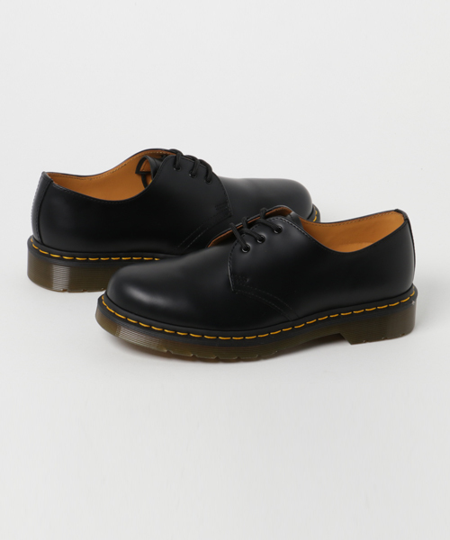 大学生にドクターマーチンの革靴をおすすめしない5つの理由