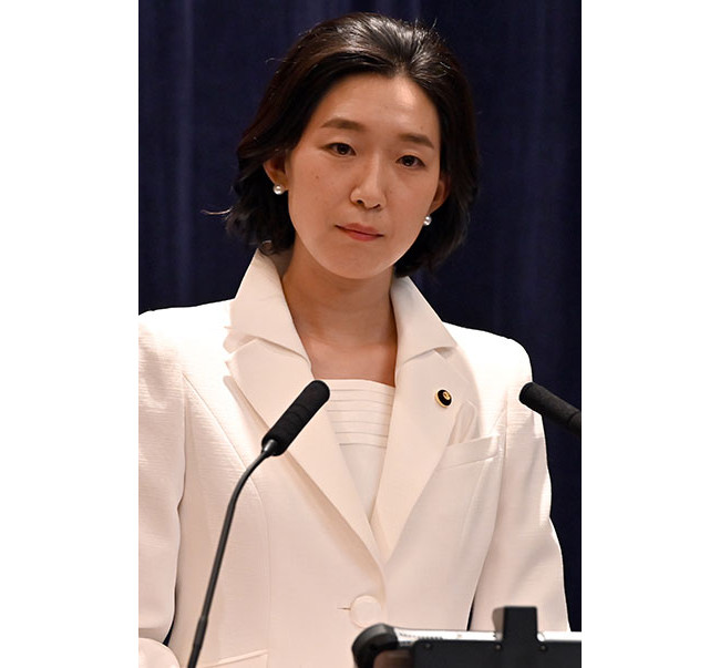 江口のりこ白井亜希子・国交相役画像