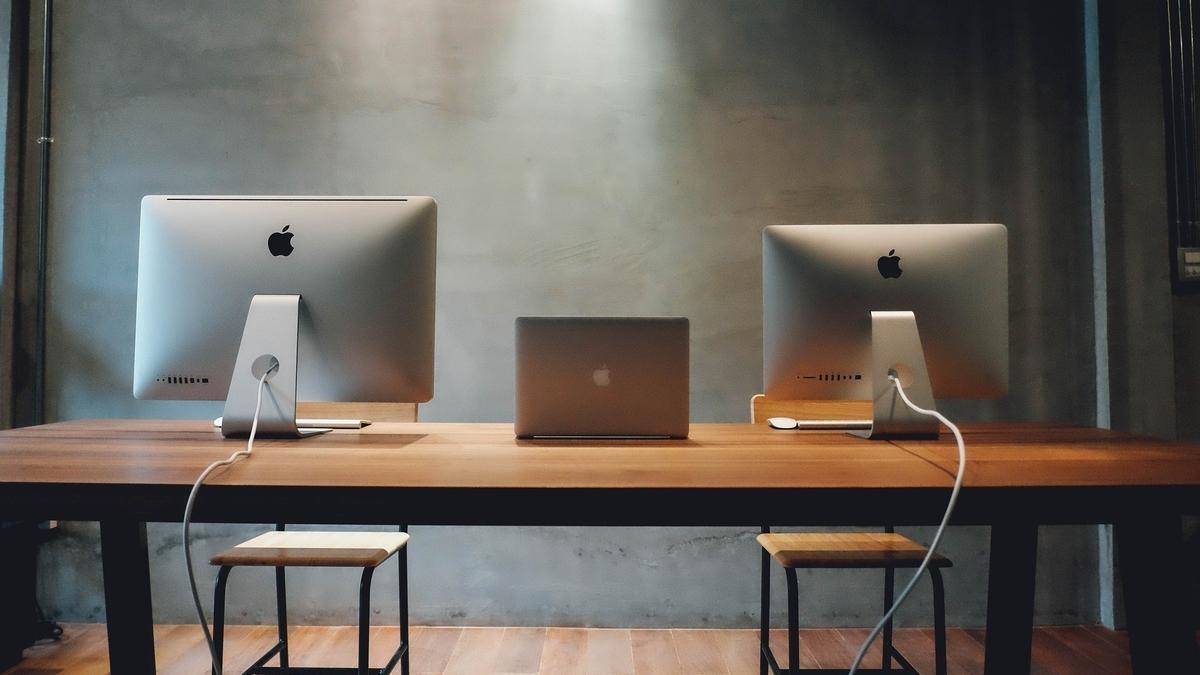 MacBookとiMac