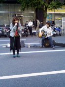 iyiyim 路上ライブ(2004/10/17@秋葉原)