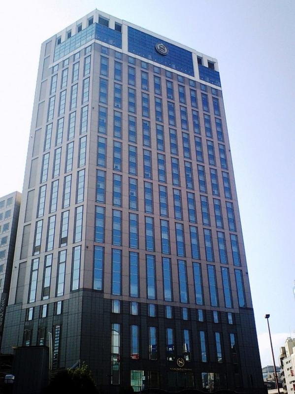 800px-YokohamaBaySheraton