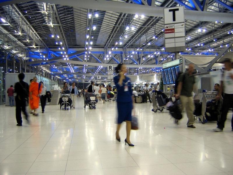 1280px-Suvarnabhumi_Airport_Departures_Hall_Bangkok_Thailand