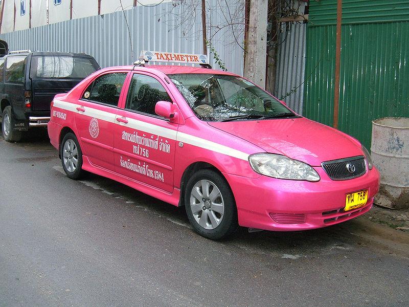 800px-Bangkok_Toyota_Corolla_taxi