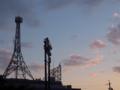 [空模様][夕焼け]鉄塔&照明塔