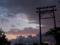 [空模様][夕焼け]中公園グラウンドの照明塔