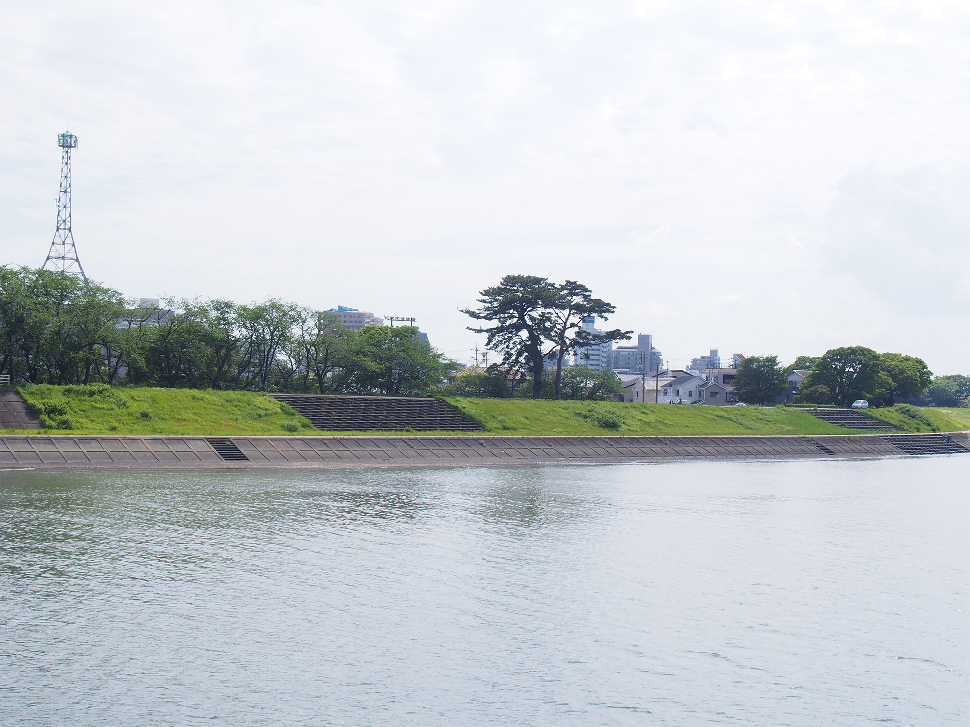 御所松と瀬戸川