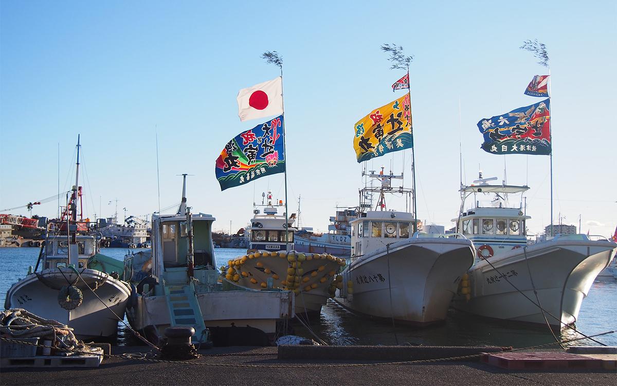 2018年の焼津港外港の大漁旗