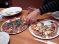 [ピザ]MAR DE NAPOLI プロシュートのピザとカルボナーラピザ