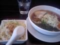 [ラーメン][チャーハン]川崎 上海モダン 醤油麺+はんぶんチャーハンのセット 880円
