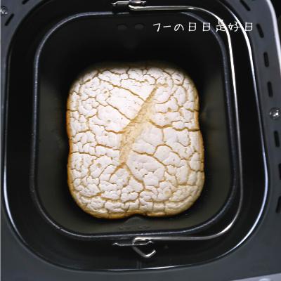 シロカのホームベーカリー(SHB-712)で焼いた米粉パン(グルテンフリー)
