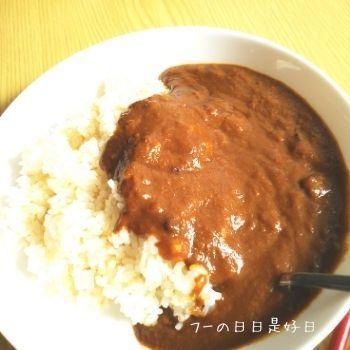 ご飯とアパ社長カレー
