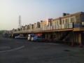 [船橋][市場]船橋中央卸売市場の関連店舗棟の風景