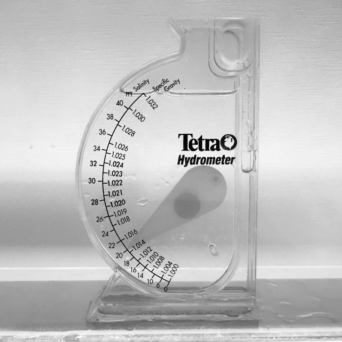テトラ社の塩分計