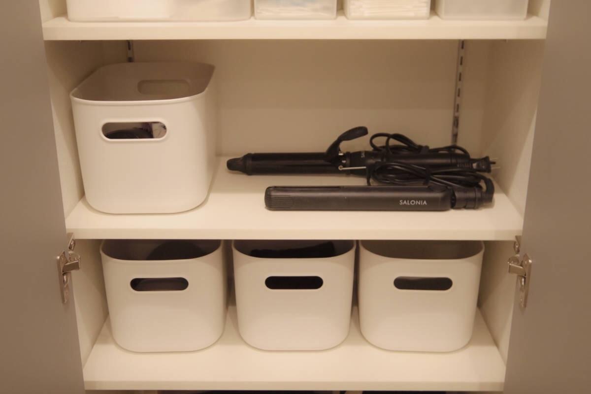 蓋の有無が選べる、清潔で水に強い「やわらかポリエチレンケース」は洗面収納向き