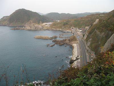 笠取峠から三瀬方面を見る
