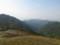 鳩峰峠鞍部を見おろすの図