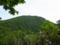 急登の合間から見る御所山の図