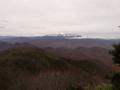 トンボ沼手前から見る月山の図