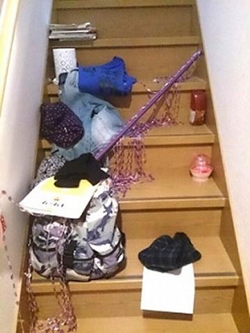 階段 汚い