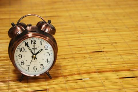 アナログ式時計
