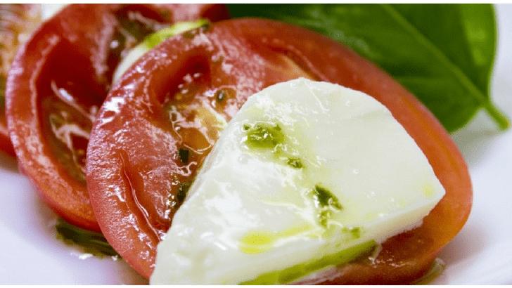 カプレーゼ モッツァレラチーズ トマト バジル