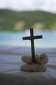 海辺の十字架