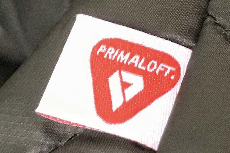 プリマロフトは暖かい素材