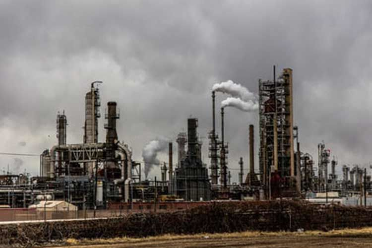 二酸化炭素を排出する工場