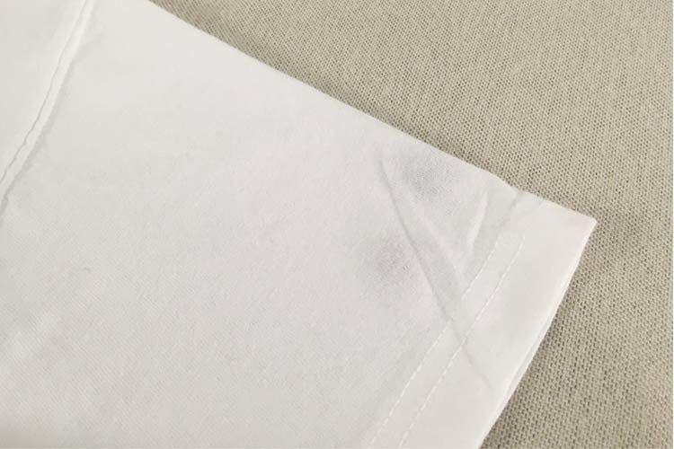 5.5オンスのTシャツの透け感