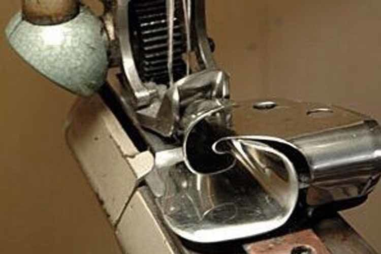 巻き縫い用のラッパ