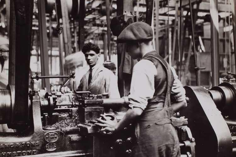 第一次産業革命を連想する画像