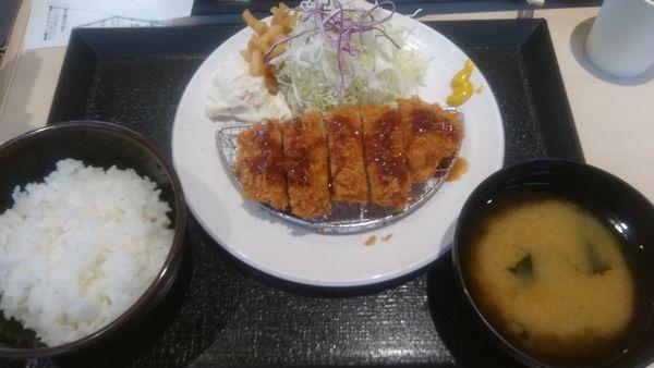 松のや富士インター店朝得ロースかつ定食