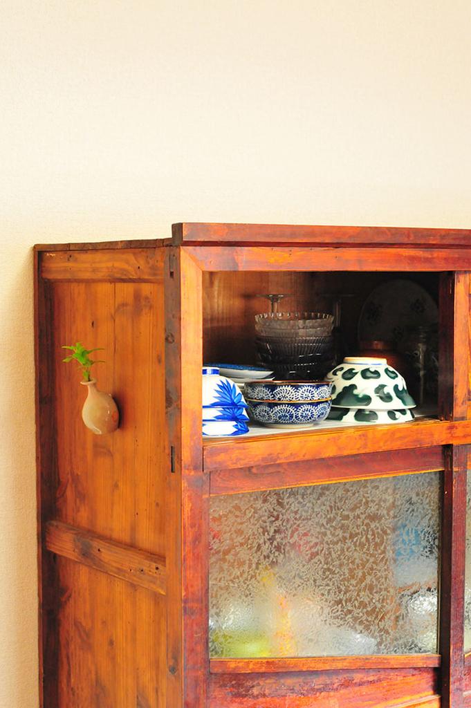食器棚に収納した素敵な和食器たち