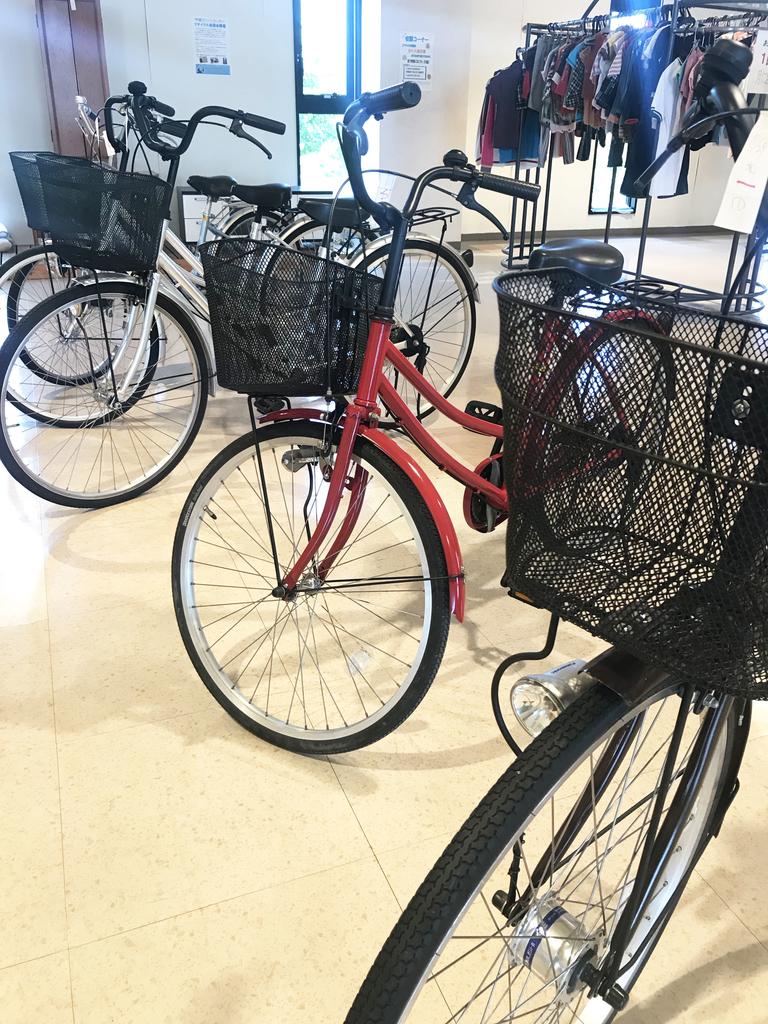 粗大ゴミだった自転車は美品になって並んでいる