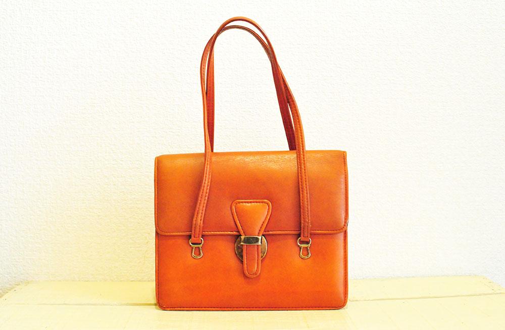 元ゴミのリユース品である革のオシャレなバッグ