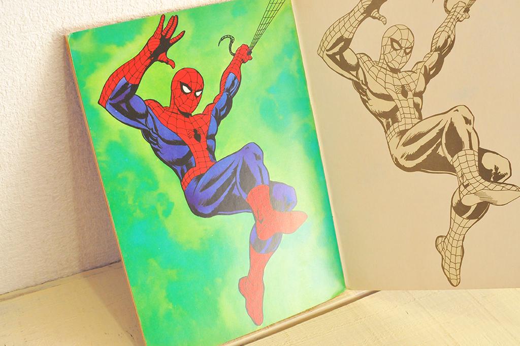 (付録)緑カラーのレトロなスパイダーマンのイラストページ