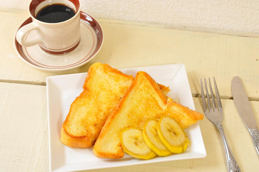 20円で買ったシンプルコーヒーカップに手作りフレンチトースト