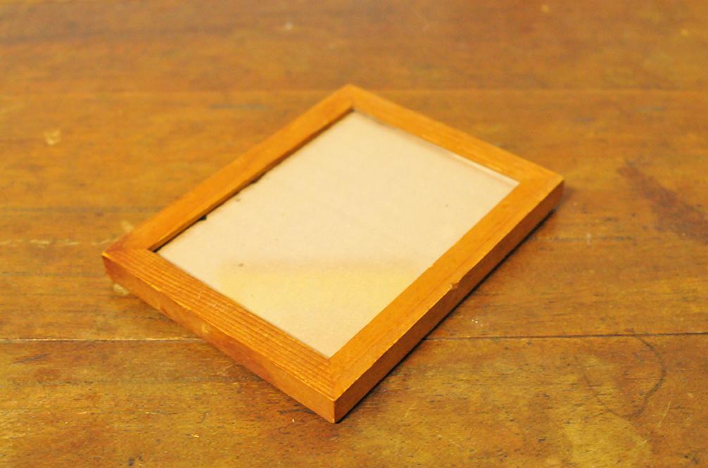 53円で買った木製額縁は使い勝手よさそう=ふるものせいかつ図鑑