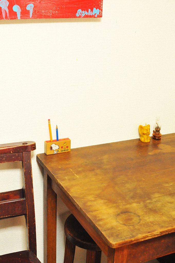 作業机に置いて使う積み木リメイクペン立てはオシャレ-ふるものせいかつ図鑑