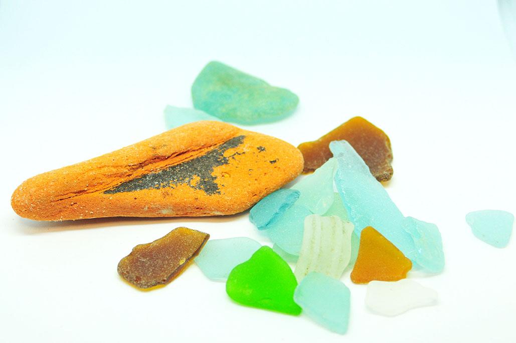 海のお土産シーグラスも海のゴミ。インテリア材料にならないか考える
