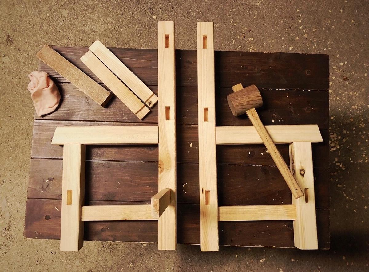 木組みDIYで作るシンプルで可愛い子ども用イス